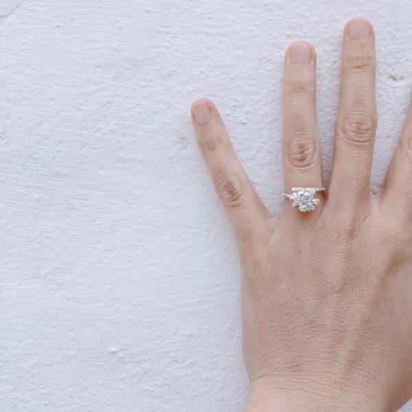 anillo de plata simbolo del mar