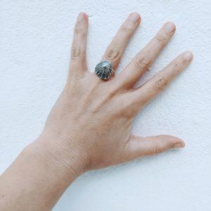 anillo de plata artesanal simbolo mar fardatxeta joies